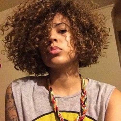 Black Woman Curly Hairstyles 19 Short Curly Hairstyle For Black