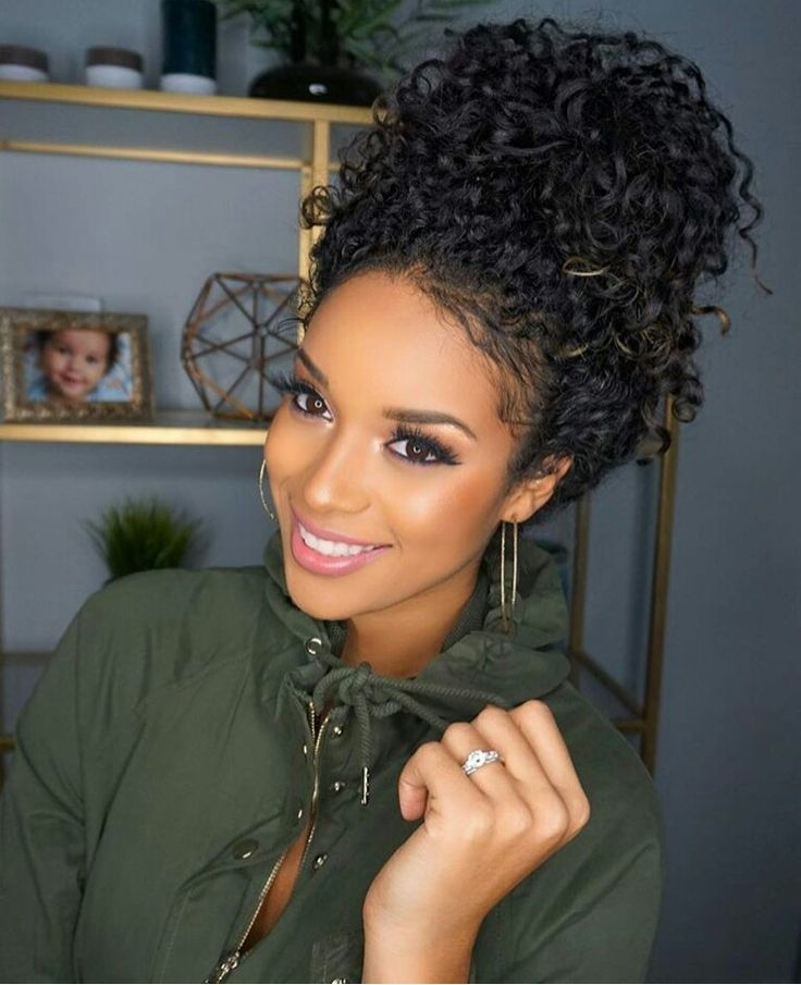 Black Woman Curly Hairstyles 6e87a62a93101bc9997f2c53585fae9d Natural Curly Hair Bun Natrual Curly Hair Styles Jpg Best Short Hairstyles