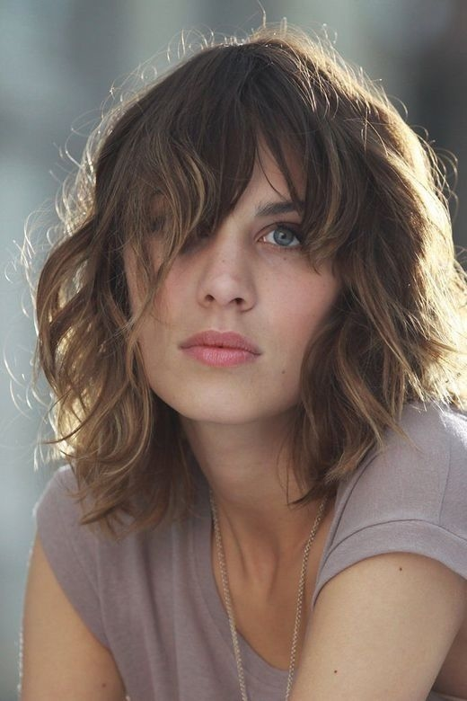 Short Curly Hair With Bangs Girls 33