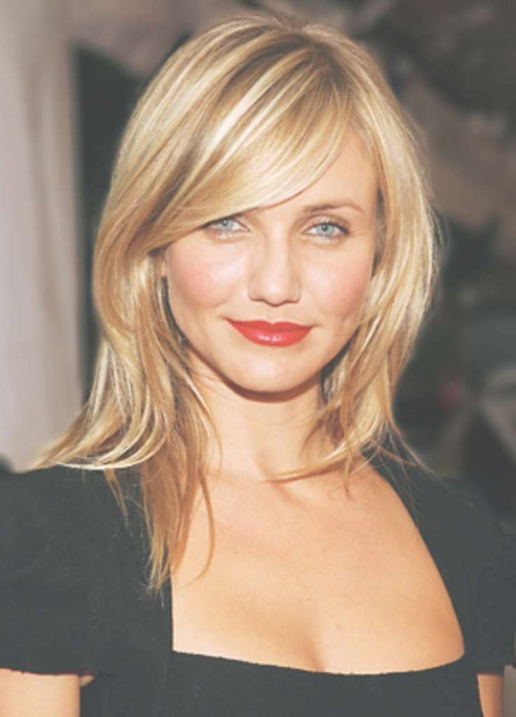 Amazing Hairstyles With Side Swept Bangs 2018 Best Short Hairstyles